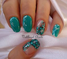 "ValAngel Nails Art: Nail art ""green flowers"""