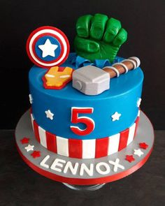 Fantastic Amazing cars photos are offered on our internet site. Avengers Birthday Cakes, Superhero Birthday Cake, Baby Birthday Cakes, 4th Birthday, Birthday Ideas, Pastel Marvel, Pastel Avengers, Gateau Baby Shower, Marvel Cake