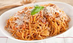 Spaghetti with Tomato Sauce & Pancetta INGREDIENTS 3 tbsp. olive oil 2 thick slices pancetta, diced (about 3 ounces) 1 small onion, chopped 2 cloves ga Pasta Sauce Recipes, Spaghetti Recipes, Italian Dishes, Italian Recipes, Kitchen Recipes, Cooking Recipes, Great Recipes, Dinner Recipes, Amazing Recipes