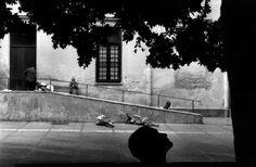 Josef Koudelka. ITALY. Sicily. Palermo. 1995. Mental hospital. Photography Workshops, Palermo, Sicily, Silhouettes, Centre, Black And White, Artwork, Painting, Kimonos