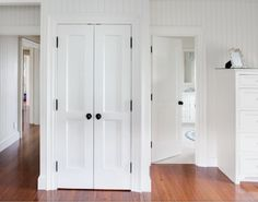 2-PFP Shaker - I need to replace my bifold closet doors with this...Love it!!