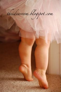 Too cute! Must try it in the ballerina shoot