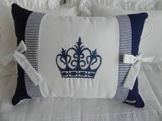 Almofada coroa azul | Sollo Mimo Store | 1C47FA - Elo7