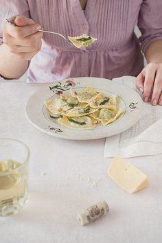 Pea Ravioli with Sage Butter Sauce recipe at Bakenoir.com