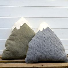 Mountain cushion Tutorial- Made from upcycled sweaters