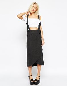 This skirt is so unusual, I'm totally digging it!