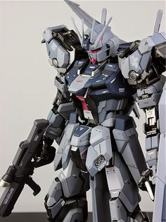 GUNDAM GUY: MG 1/100 GAT-X105 Aile Strike Gundam - Painted Build