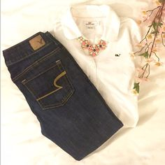 """Listing! AE ARTIST CROP SZ 2 Great American Eagle Artist Crop jeans.  Excellent condition. Super stretch low rise. 13"""" leg opening. Inseam 24"""" waist approximately 28"""". American Eagle Outfitters Jeans Ankle & Cropped"""