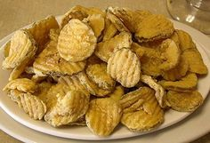 """Just Like """"Cheeseburger in Paradise"""" Fried Pickles ~ Missie's Kitchen"""
