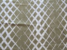PALE OLIVE GREEN WHITE GEOMETRIC COTTON SEWING DRESS FABRIC 1960S VINTAGE RETRO