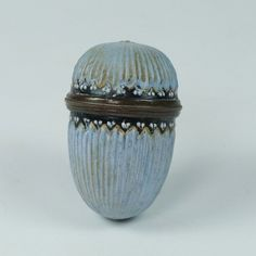 Antique Miniature Georgian Enamel Nutmeg Grater Minus Grater Circa 1770 This is a charming little egg form enamel nutmeg grater that dates from the Hanoverian Kings, 18th Century Fashion, Grater, Le Chef, French Blue, Acorn, Georgian, Shades Of Blue, Baby Blue