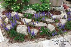 Outdoor Spaces, Outdoor Decor, Flower Beds, Garden Styles, Stepping Stones, Planting Flowers, Gazebo, Green, Plants