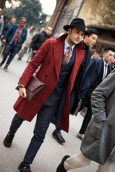 thousandyardstyle:  Pitti Uomo Street style, BOLD #flatlay #flatlays #flatlayapp www.flat-lay.com
