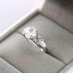 Encontre mais Anéis Informações sobre Anéis para mulheres anéis New Hot Sale jóias clássico Ts 18 kgdp áustria cristal anel de dedo feminino grátis frete, de alta qualidade anéis da moda, jóias das mulheres China Fornecedores, Barato metal da jóia a partir de Thousand Sunshine(T-S Jewelry) em Aliexpress.com