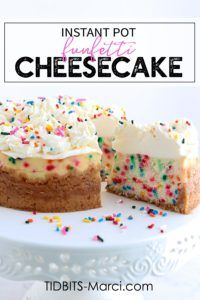 Instant Pot Funfetti Cheesecake is fun to look at and even more fun to eat. All the flavors of cake batter plus the classic funfetti colors makes this perfect for birthdays. Brownie Desserts, Oreo Dessert, Mini Desserts, Easter Desserts, Dessert Ideas, Instant Pot Cheesecake Recipe, Cheesecake Recipes, Cheesecake Cake, Birthday Cake Cheesecake