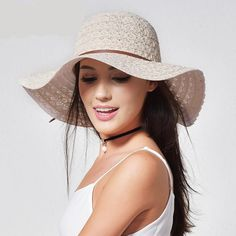 Foldable Brimmed Straw Hat. FURTALK Summer Hats for Women Fashion Design Women  Beach ... e595aeb56c19