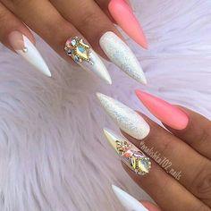 70 Trendy and Unique Stiletto Nail Art Designs; Glam Nails, Hot Nails, Fancy Nails, Bling Nails, Nail Manicure, Beauty Nails, Sexy Nails, Nail Polishes, Matte Nails