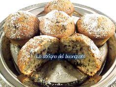 MUFFIN CON GOCCE DI CIOCCOLATO   CLICCA QUI PER LA RICETTA http://loscrignodelbuongusto.altervista.org/muffin-con-gocce-di-cioccolato/                                                       #muffin #cioccolato #likeit #food #foodblogger #ricette #cucinaestera #cucina