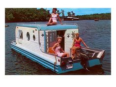 The Terra Marina Boat Camper. Manufactured for only one year with only 35 making final production. It was a completely self-contained camping trailer and house boat.Pontoons concealed behind access panels slid out for buoyancy, and the. Deco Bobo, Camper Boat, Diy Camper, Camper Life, Vintage Boats, Vintage Rv, Vintage Photos, Vintage Ladies, Vintage Travel Trailers