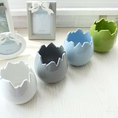 Egg Shape Table Vase