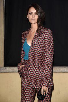 Miriam Leone en total look Gucci de la collection homme automne-hiver 2015-2016