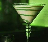 Garnish: melted white chocolate tinted with green food coloring, 2 ounces Jameson Irish Whiskey, 1 ounce Bailey's Irish Cream, ½ ounce Half n Half, ½ ounce simple syrup Irish Cocktails, Cocktail Recipes, Jameson Irish Whiskey, Melting White Chocolate, Cocktail Club, Green Food Coloring, Luck Of The Irish, Irish Cream, Simple Syrup
