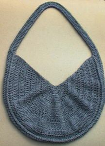 Summer Sling Tote free pattern, I'm thinking COLORS for summer :)