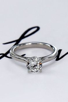 Simple Engagement Rings For Girls Who Love Classic ❤ simple engagement rings white gold round cut diamond ❤ More on the blog: https://ohsoperfectproposal.com/simple-engagement-rings/
