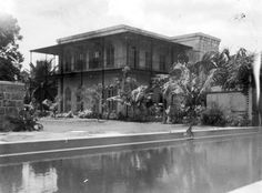 EH05158P Ernest Hemingway and Pauline Pfeiffer's Key West home.
