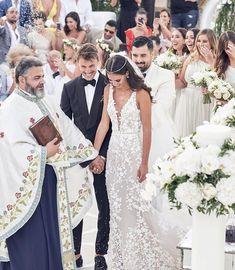When in Mykonos ✨ Photography Bride Greek Wedding Dresses, Grecian Wedding, Wedding Dresses For Girls, Boho Wedding Dress, Wedding Bride, Wedding Ideias, Wedding Dress Gallery, Chiffon Maxi, Wedding Looks