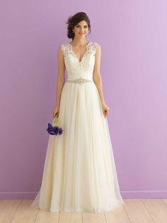 V-neck Sleeveless Lace Softy Tulle A-line Wedding Dress with Sash