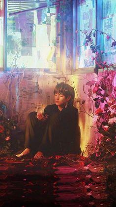 Taehyung in BTS Singularity Bts Lockscreen, Namjoon, V Taehyung, K Pop, Foto Bts, Daegu, Taemin, Bts Memes, V Bts Wallpaper