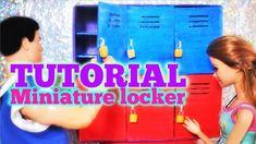 Tutoriel : casiers miniatures pour nos dolls 🎒🗝🎒 Miniature Crafts, Doll Tutorial, Celebrity Houses, Miniture Things, Miniatures, Lockers, Barbie, Minis, Doll Clothes