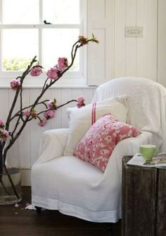 Love how just covering something and adding pillows brings new look to it all!