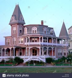 Angel of the Sea - Bed and Breakfast Victorian architecture style in the seaside resort town of Cape May, New Jersey, USA Stock Photo Architecture Design, Victorian Architecture, Beautiful Architecture, Beautiful Buildings, Beautiful Homes, Timeline Architecture, Cape May, Pink Houses, Old Houses