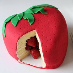 So, I heard you liked strawberries. So I put a strawberry in a strawberry. - Strawberry Surprise Cake by Hungry Happenings via Tablespoon. Pretty Cakes, Cute Cakes, Beautiful Cakes, Yummy Cakes, Amazing Cakes, Crazy Cakes, Fancy Cakes, Fondant Cakes, Cupcake Cakes