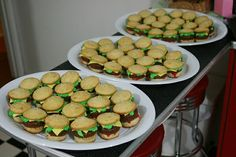 Cute and fun Mini Hamburger cupcakes with real looking cheese. Easy to cook at home for birthday parties or childrens events. Great idea for a Spongebob party by making Krabby Patty burgers or even a 50s diner party theme - Click image to find more hot Pinterest pins
