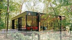 """The Rose house is made of two parts. The house designed by J. Speyer and the glass pavilion by D. Was also set of the movie """"Ferris Bueller's Day Off"""" Ferris Bueller House, House On Haunted Hill, Glass Pavilion, Rose House, Park Homes, Mid Century House, Day Off, Glass House, Modern Architecture"""