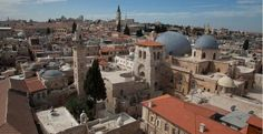 Virtual tour of the Church of the Holy Sepulchre in Jerusalem - http://www.holysepulchre.custodia.org/default.asp?id=4072