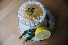Ausgefallene Overnight-Oats gefällig? Hier findet ihr ein Zitronen-Thymian-Overnight-Oats-Rezept! #essen #essenfood #food #overnightoats #haferflocken #oats #porridge