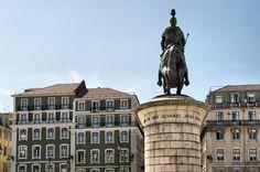 Lisboa - Baixa #Lisboa #Baixa Statue Of Liberty, The Neighbourhood, Portugal, Hunting, Tower, City, Building, Travel, Lisbon