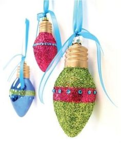 smart idea...turn old burnt out light bulbs into ornaments, just add glue and glitter.