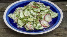 Najlepszewkuchni.pl - Przepisy kulinarne na każdą okazję. Sprouts, Cucumber, Zucchini, Vegetables, Food, Essen, Vegetable Recipes, Meals, Yemek
