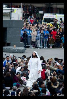 Just Jesus taking a stroll through Trafalgar Square. No big deal.