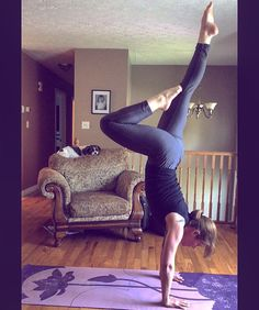 Playing around with leg positions in handstand inversions today. It feels SO GOOD getting balanced enough to move around a little bit!  #yoga #inversion #handstand #balance