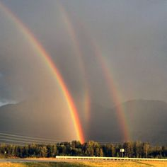 How about that, I have never seen a triple rainbow till now