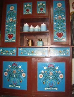 Bohemian House, Arte Popular, Paint Furniture, Design Reference, Art Decor, Home Decor, Wood Art, Folk, Arts And Crafts