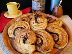 Facturas de holaldre casero Pancakes, Breakfast, Sweet, Desserts, Food, Mini Fruit Tarts, Pork Tenderloins, Cooking, Pancake