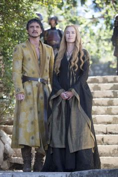 Game of Thrones (series 2011 - ) Starring: Pedro Pascal as Oberyn Martell and Lena Headey as Cersei Lannister. (click thru for high res) Game Of Thrones Oberyn, Game Of Thrones Series, Game Of Thrones Tv, Got Costumes, Movie Costumes, Theatre Costumes, Live Action, Got Merchandise, Queen Cersei