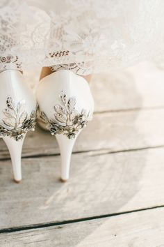 Wedding Shoes with Crystal Backs   photography by @ericabrenci  http://www.lesamisphoto.com